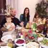 Оксана Самойлова поделилась новогодними фотографиями