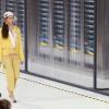 Модные показы Chanel, Louis Vuitton на Неделе моды в Париже, весна-лето 2017, видео