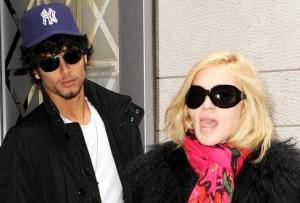 Мадонна выйдет замуж