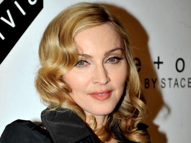 Мадонна намекнула на новый альбом и новый фильм