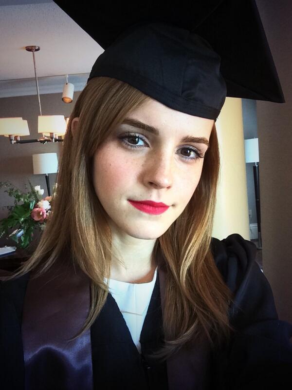 Эмма в день вручения диплома
