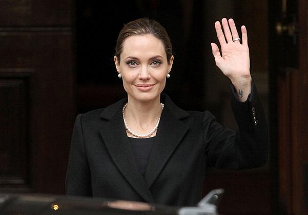 Анджелина Джоли получила почётный титул