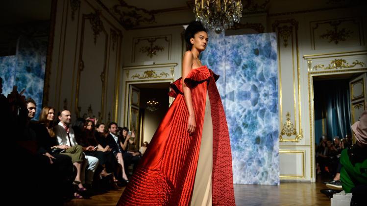 Неделя высокой моды в Париже осень/зима 2014-2015 (продолжение, видео)