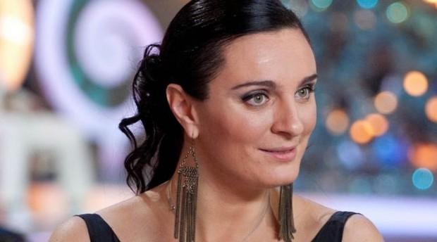 Елена Ваенга перестала сотрудничать с Виктором Дробышем