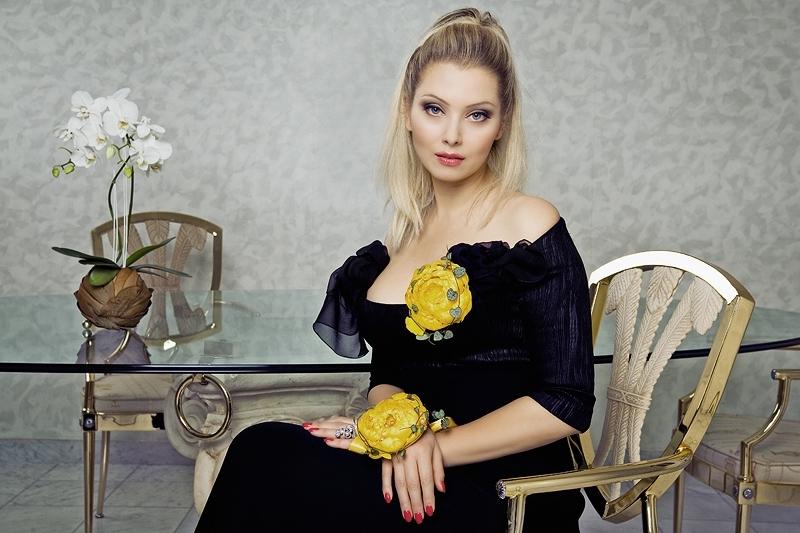 Лена Ленина снова беременна