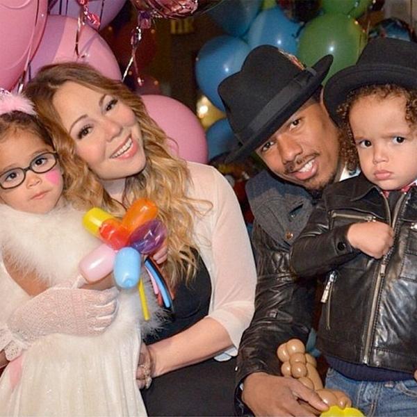 Мэрайя Кэри с детьми и Ником Кенноном