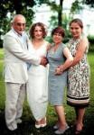 Александр Друзь с женой и дочерьми