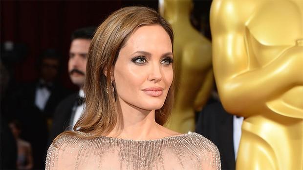 Откровения отца Анджелины Джоли — Джона Войта