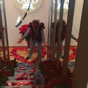 Розы от мужа в день рождения Ольги Бузовой