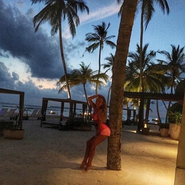 Ольга Бузова на Мальдивах 2015