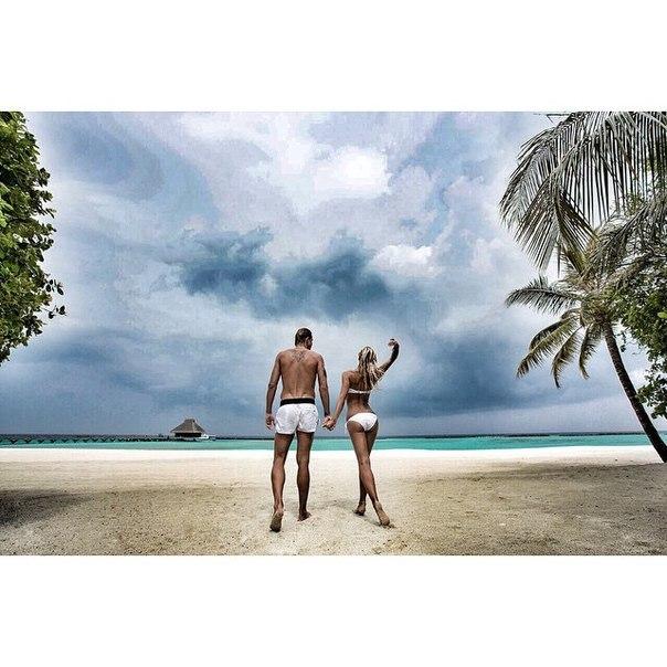 Ольга Бузова отдыхает с мужем на Мальдивах