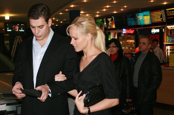 Дмитрий Дюжев стал отцом во второй раз