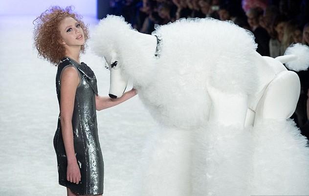 Дочь Бориса Беккера Анна Ермакова приняла участие в Берлинской неделе моды