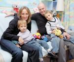 Алексей Кортнев с Аминой Зариповой и детьми