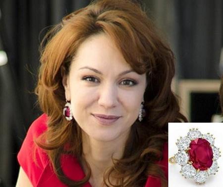 Алиса Яровская любит ювелирные изделия