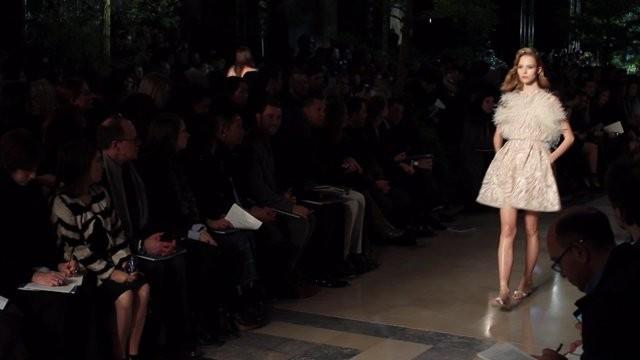 Неделя высокой моды в Париже 2015: показы Эли Сааб, Валентино, Скиапарелли, Зухейр Мурад