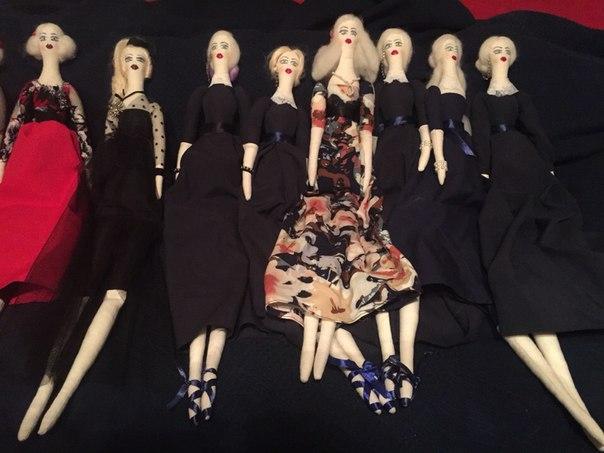 Джулия Ванг, куклы
