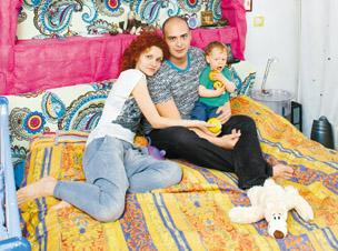 Антон Привольнов с женой Ольгой и сыном