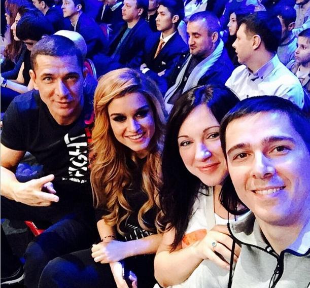 Курбан Омаров и Ксения Бородина вместе с братом Курбана и женой брата
