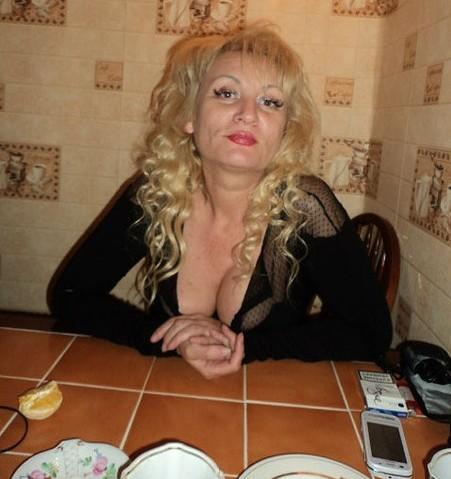 Anna-Kalicci-mama-2