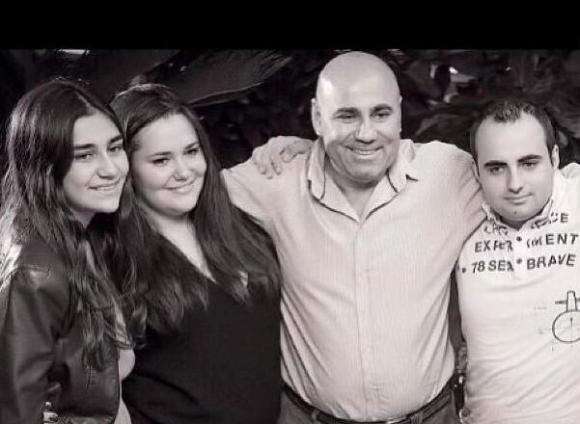 Иосиф Пригожин со своими детьми