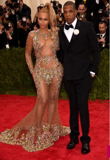 Met-Gala-2015-Beyonce-JZ