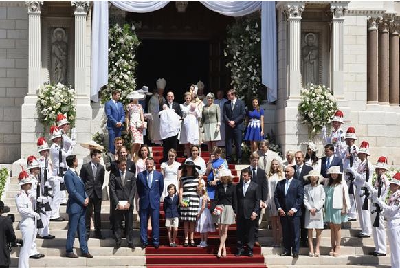 Князь Монако Альбер и его супруга Шарлен окрестили своих детей, фото