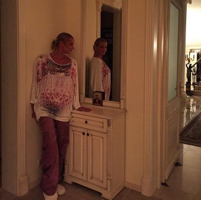 Анастасия Волочкова в новом доме фото май 2015