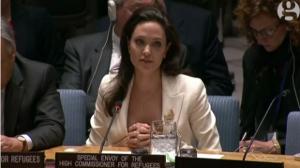 Анджелина Джоли в ООН на заседании по проблеме беженцев в Сирии. Фото 2015