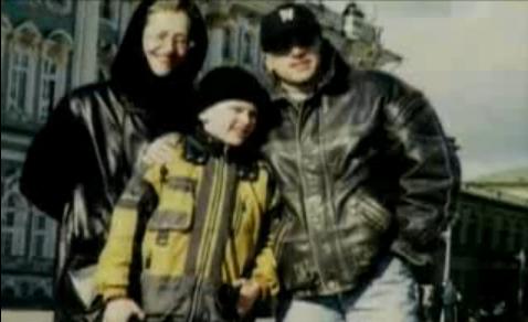 Фото Дмитрия Нагиева с первой женой Аллой и сыном Кириллом