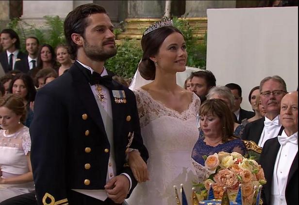 Шведская королевская свадьба: принц Карл Филип женился на участнице реалити-шоу