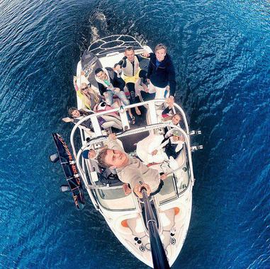 Алена Шишкова фото 2015 на отдыхе с друзьями