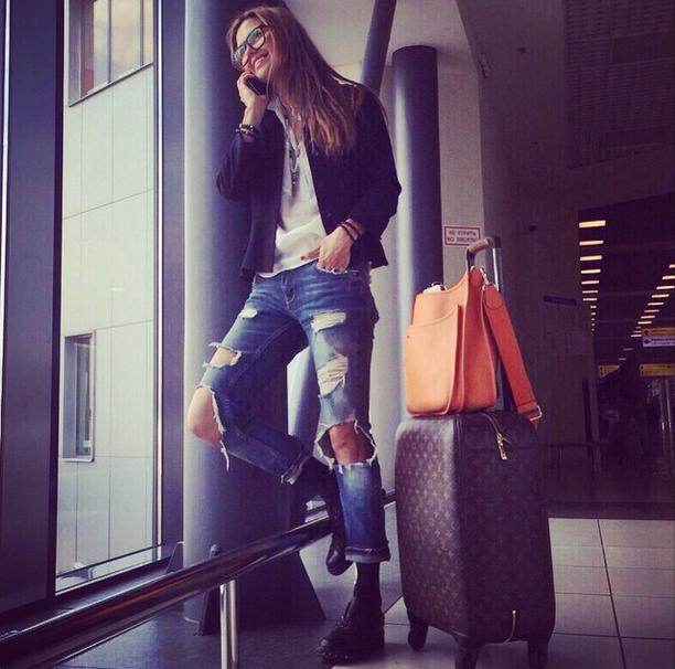Виктория Боня фото 2015 в аэропорту (Инстаграм)