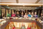 Анфиса Чехова с подругами в ресторане во время девичника ,фото 2015