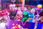 Анфиса Чехова празднует девичник с подругами, фото 2015 в ресторане за кальяном