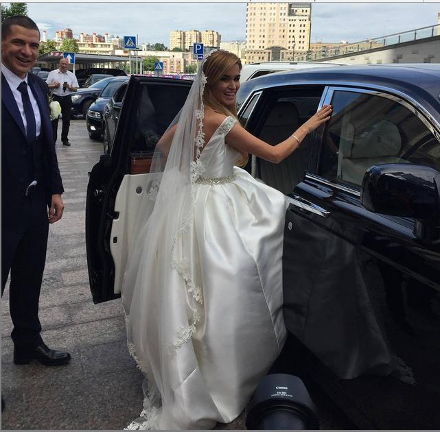 Свадебное фото Ксении Бородиной и Курбана Омарова