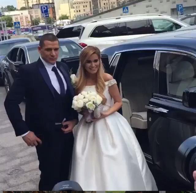 Ксения Бородина и Курбан Омаров фото в день свадьбы