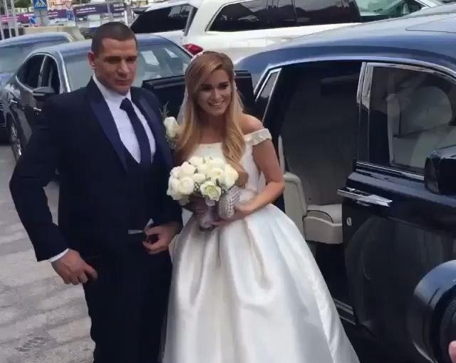 Видео со свадьбы Ксении Бородиной и Курбана Омарова