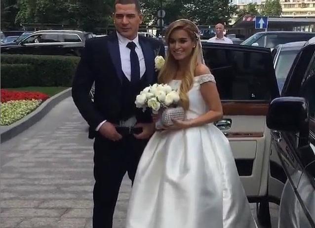 Ксения Бородина вышла замуж за Курбана Омарова, фото свадьбы
