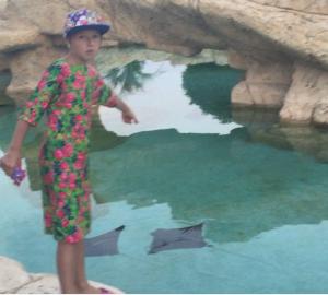 Дочь Анастасии Волочковой Ариадна в платье от дизайнера Яны Шевченко фото июль 2015 Турция