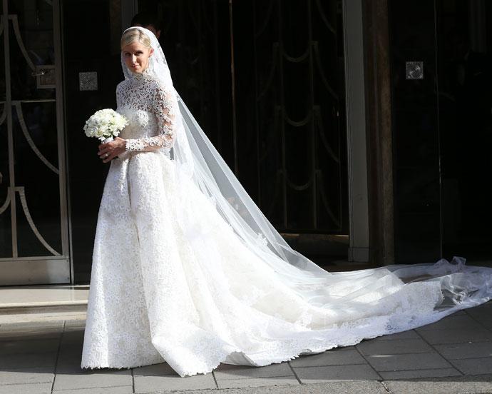 Фото Ники Хилтон в свадебном платье