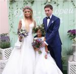Фото Даны Борисовой в день свадьбы с мужем Андреем и дочерью Полиной