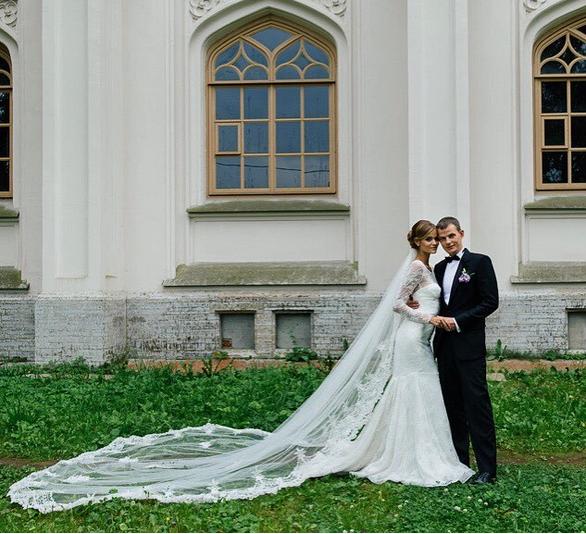 Ангел Виктория Сикрет Катя Григорьева с женихом в день свадьбы фото 2015
