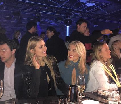 Виктория Боня поделилась впечатлениями и фото с показа Philipp Plein в Милане на Неделе моды