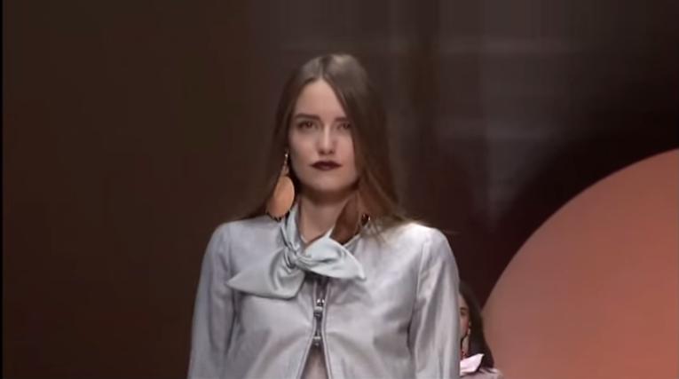 Неделя моды в Милане весна-лето 2016: видео модного показа Emporio Armani