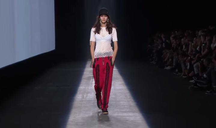 Модный показ Alexander Wang (Александр Вонг)  весна-лето 2016 видео, Неделя моды в Нью-Йорке