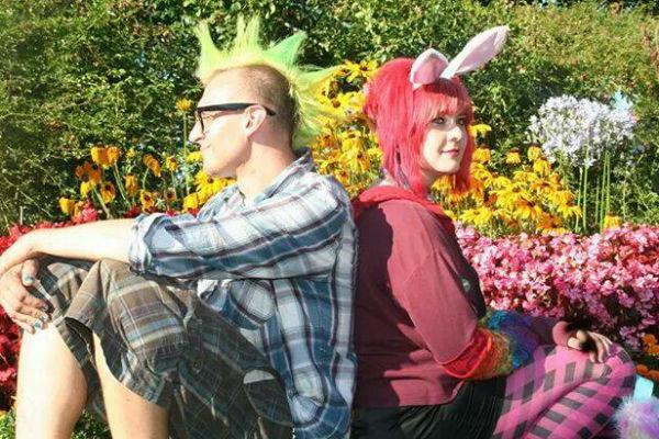 Дочь Александра Малинина и Ольги Зарубиной Кира вместе со своим женихом Кевином, фото из соцсети