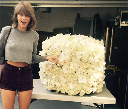 Taylor-Swift-roses
