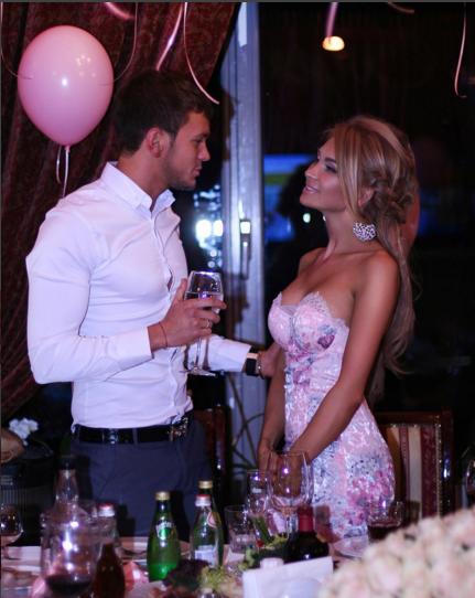 Антон и Евгения Гусевы фото в день рождения Евгении 18 октября 2015