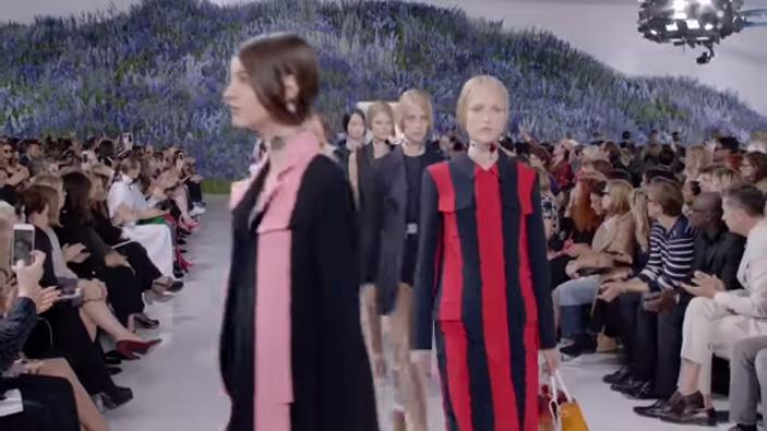Неделя моды в Париже весна-лето 2016: видео модного показа Dior